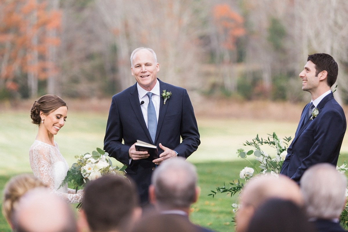 Alumni Carrie Bloch and Jonathan Crimins were married by Senior Associate Dean Russ Morgan